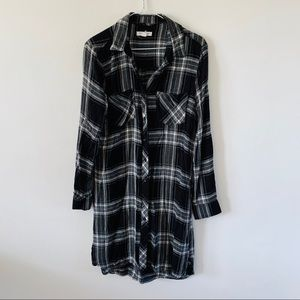 Beachlunchlounge flannel ddress black size small